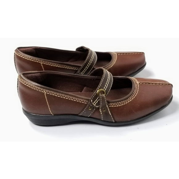 ca875a8f4f4 ... Ladies Brown Casual Shoes. Clarks. M 5cac4384abe1ce599ca3ee19.  M 5cac43858d653d50665eb417. M 5cac43877a81735ddb206c1a.  M 5cac438816105dced60ee7de